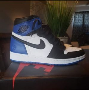 AIR JORDAN 1 ROYAL SIZE 9 BLUE WHITE BLACK